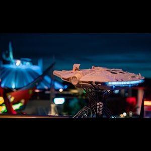 Star Wars Accessories - 🤩🪐 Millennium Falcon Souvenir Popcorn Holder!